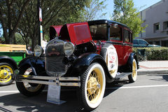 在车展的老福特汽车 库存图片