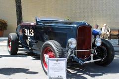 在车展的老福特跑车汽车 免版税库存图片