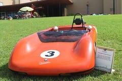 在车展的老BMW Racecar 免版税库存照片