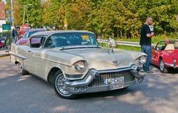 在车展的经典美国汽车 免版税库存照片