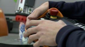 在车间的俄国全国matrioshka玩具 股票录像