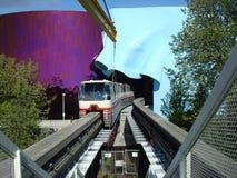 在轨道的单轨铁路车 免版税图库摄影