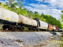在轨道的机车 免版税图库摄影