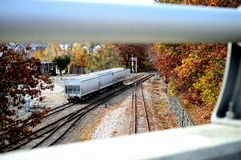 在轨道的火车推车 库存照片