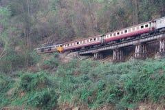 在轨道的连续火车,死亡铁路,泰国 免版税图库摄影