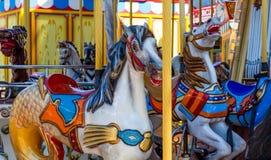 在转盘的两匹马 免版税库存图片