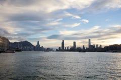 在轮渡hk的维多利亚港视图 免版税库存图片