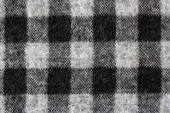 在软的法绒衬衣的方格花布检查 免版税库存图片