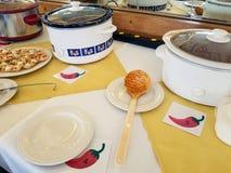 在辣椒的缸罐烹调比赛 免版税库存图片