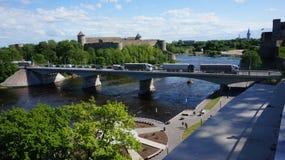 在边界的纳尔瓦桥梁在爱沙尼亚和俄罗斯之间 库存照片