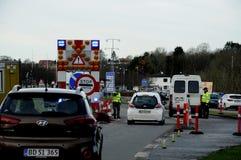 在边界CONTROL_ KRUSAA的丹麦警察 免版税库存图片