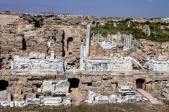 在边,土耳其的古老纪念碑 图库摄影