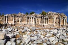 在边,土耳其的古老纪念碑 免版税库存图片