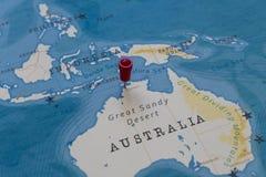 在达尔文,世界地图的澳大利亚的一个别针 免版税图库摄影