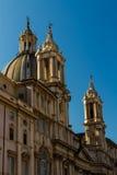 在过去的Sant Agnese在纳沃纳广场 免版税库存照片