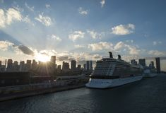 在迈阿密口岸的日落 库存图片