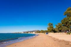 在迈阿密Platja,塔拉贡纳, Catalunya,西班牙铺沙海滩 复制文本的空间 免版税图库摄影