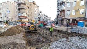 在运作的建筑建筑工地timelapse的工业机械 运转在地面的推土机和起重机 影视素材