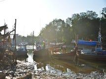 在运河停泊的捕鱼船 免版税图库摄影