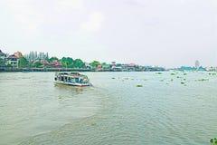 在运河的一条小船 库存照片