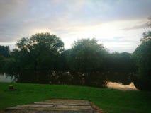 在运河的日落 免版税库存照片