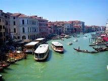 在运河的看法重创在威尼斯 免版税库存照片