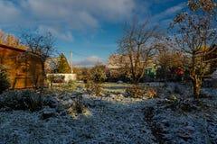 在这个季节的第一雪 免版税库存图片