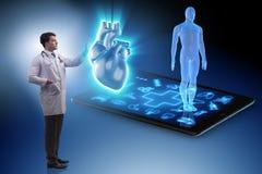 在远程医学概念的心脏治疗 库存图片