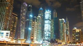 在迪拜小游艇船坞的夜 库存图片