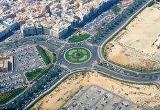 在迪拜的交通的顶视图 免版税库存照片