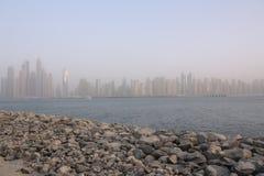在迪拜的看法从棕榈Jumeirah,阿拉伯联合酋长国 库存照片