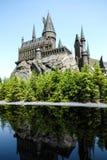 在迪斯尼乐园,大阪,日本的哈利・波特城堡 免版税库存照片