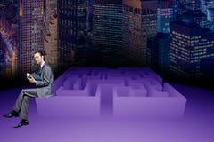 在迷宫企业概念的商人 库存图片