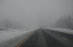 在途中的雪风暴,纽约 图库摄影