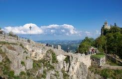在道路的旅游业向Cesta塔,一个罗马老堡垒, republ 库存图片