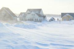在郊区居民的暴风雪 免版税库存照片