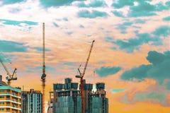 在都市风景的鸟景色和建造场所包括数 免版税库存图片