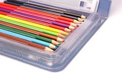 在配件箱的色的铅笔 库存图片