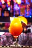 在酒吧的Coctails 亮光 Delecious 免版税图库摄影