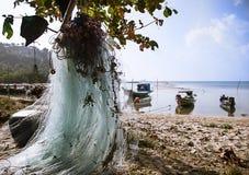 在酸值苏梅岛海岛上的渔船在泰国 库存图片