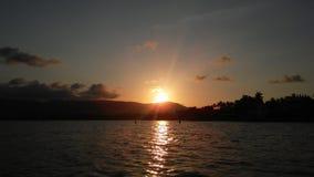 在酸值苏梅岛海岛,泰国上的日落 免版税库存照片
