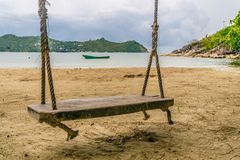 在酸值阁帕岸岛的失去的摇摆 免版税库存图片