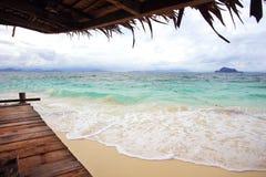 在酸值Kai Nai海岛的美丽的海滩 免版税库存照片