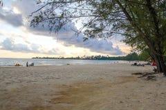 在酸值kong省的戈公岛白色海滩在柬埔寨 免版税库存照片