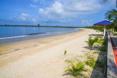 在酸值kong省的白色Beachl在泰国边界附近的柬埔寨王国 库存图片