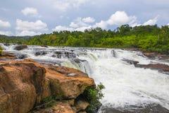 在酸值kong省的Ta Tai瀑布在泰国边界附近的柬埔寨王国 库存图片