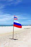 在酸值Larn海滩的旗子 库存照片
