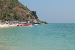 在酸值Rin海岛上的海滩 免版税库存图片