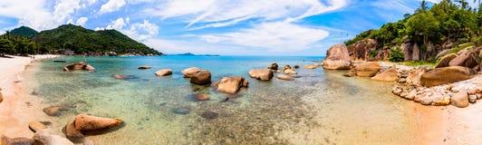在酸值Samui,泰国的热带海滩 免版税库存照片