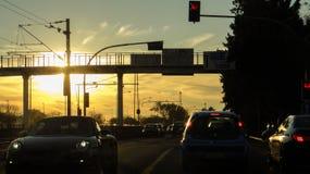 在里斯本街道的日落在葡萄牙 图库摄影